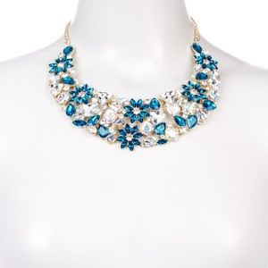 🆕 Eye Candy Los Angeles Teal Bib Necklace